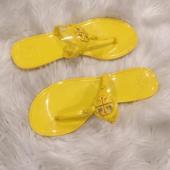 2f61f6c5e Tory Burch Yellow Sandals. M 5c774180de6f625a68d350c3